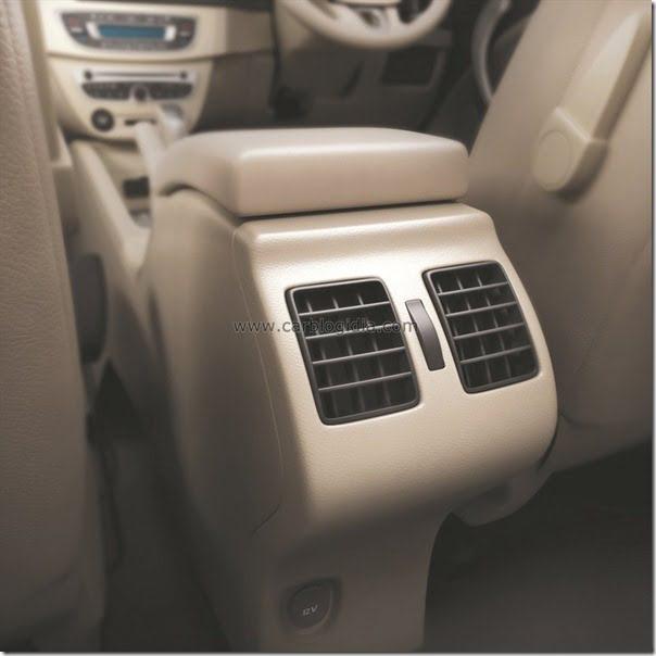 Renault Fluence E4D Diesel India (10)