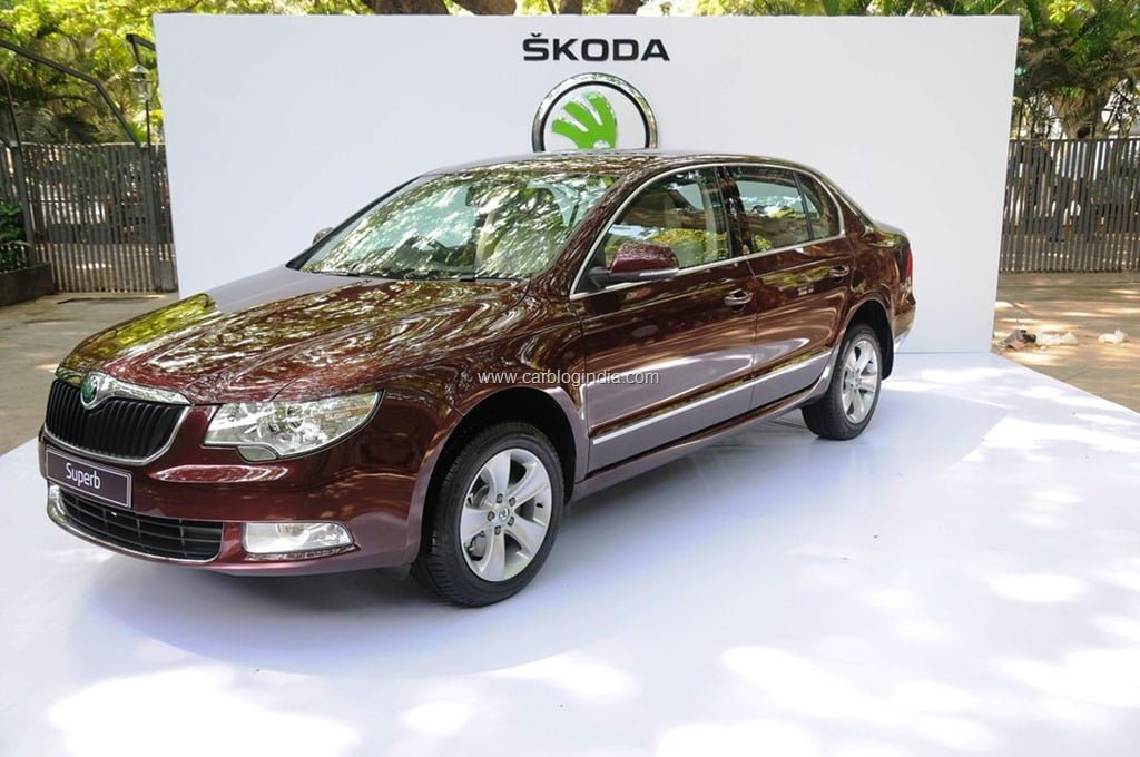 skoda superb ambition starts at rs 18 lakhs good value for money. Black Bedroom Furniture Sets. Home Design Ideas