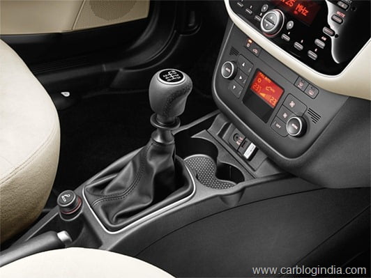 New-Fiat-Linea-2013-14.jpg