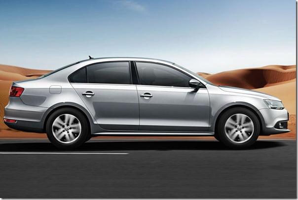 Volkswagen Jetta 1.4 L TSI side