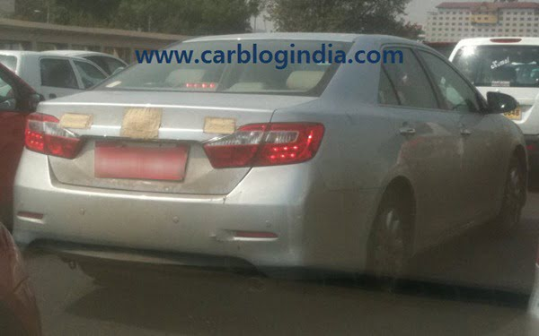 2012 Toyota Camry India Spy Pictures By CarBlogIndia.com (1)