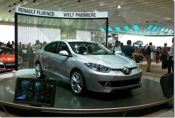 2013-Renault-Fluence