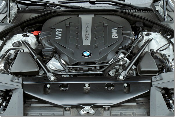 BMW 7 ActiveHybrid Engine