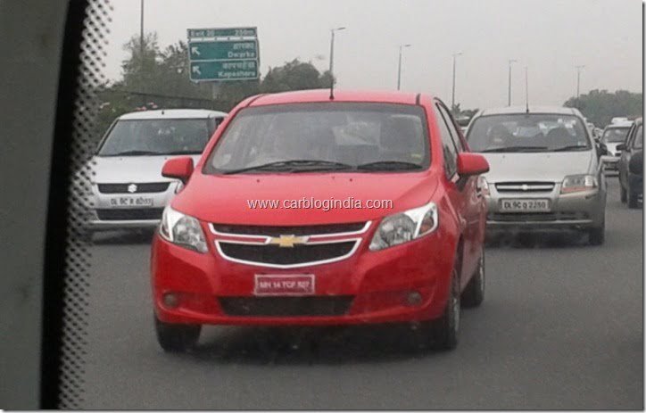 Chevrolet Sail U-VA Hatchback (2)