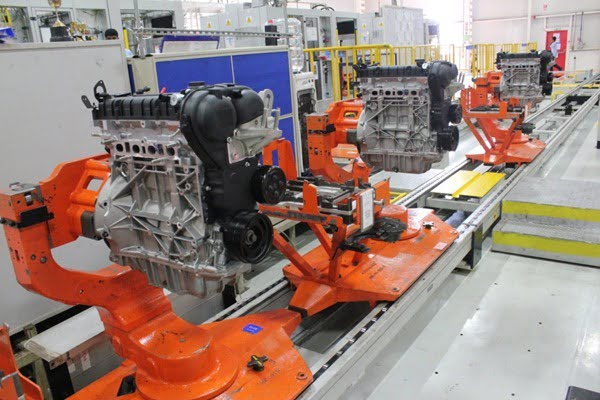 Ford India uses a fully flexible engine assembly line where both petrol and diesel engines can be assembled on the same assembly line