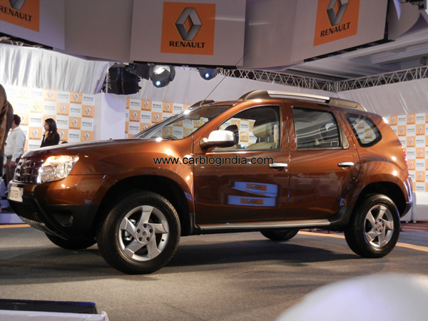 Renault Duster Compact SUV India (51)