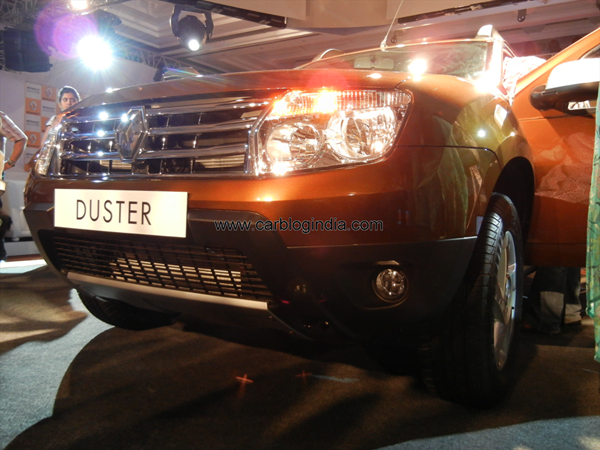 Renault Duster Compact SUV India (58)