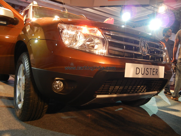 Renault Duster Compact SUV India (70)