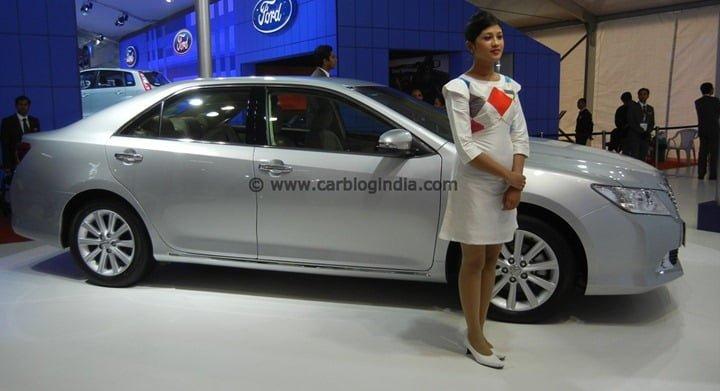 2012 Toyota Camry India (6)