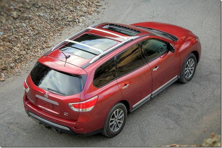 2013 Nissan Pathfinder top