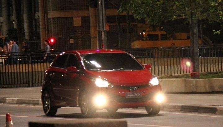 Hyundai HB20 Spy Pictures  (1)