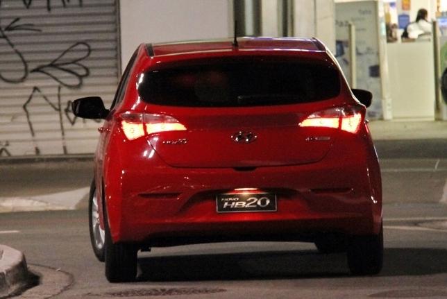 Hyundai HB20 Spy Pictures  (3)