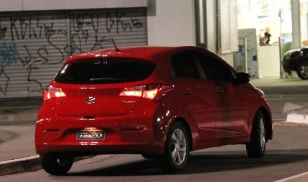 Hyundai HB20 Spy Pictures  (4)