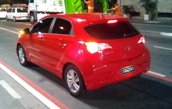 Hyundai HB20 Spy Pictures  (5)