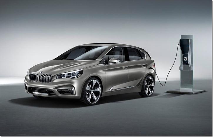 2012 BMW Active Tourer Concept charging