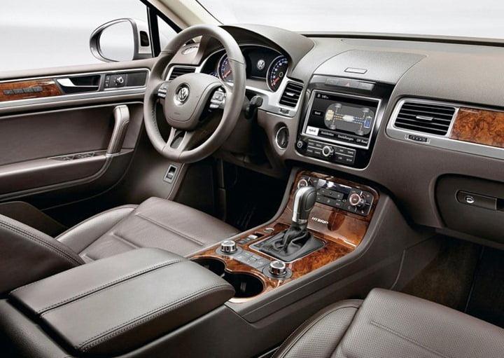 2012 Volkswagen Touareg India (3)
