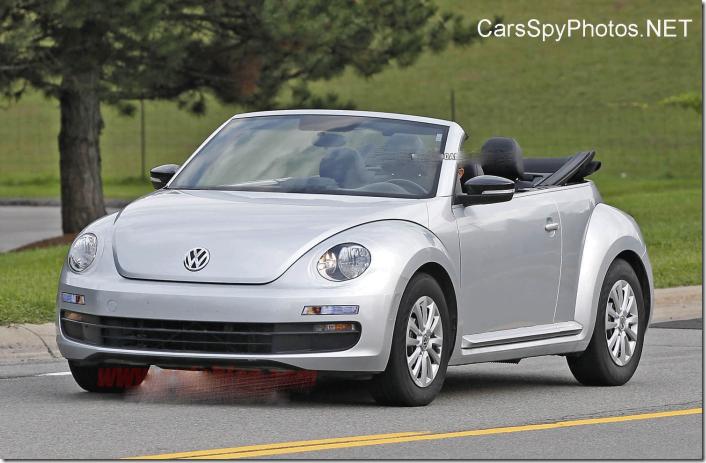 2014 Volkswagen Beetle Convertible (4)