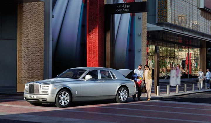 Rolls Royce Phantom Series II Launched In India- Price ...