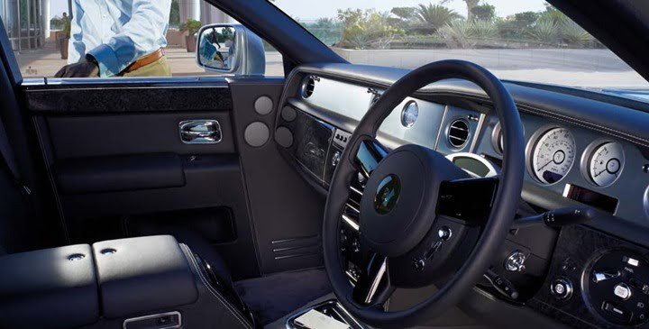 Rolls-Royce-Phantom-Series-II-interior.jpg