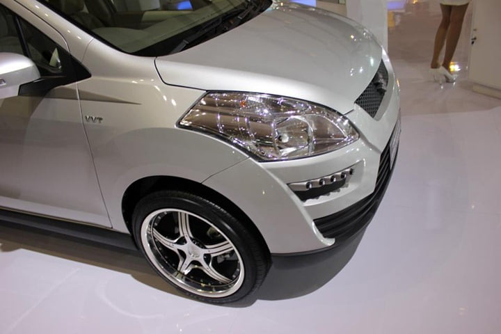 Suzuki Ertiga Concept Crossover 1