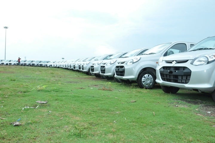 Maruti Suzuki Delivers 200 Alto Cars In Single Day In Malappuram Mega Delivery Event