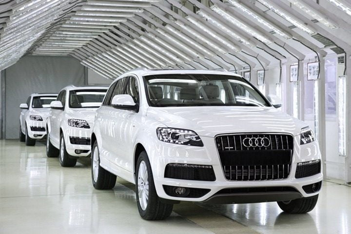 AudiQ7_Aurangabad_1_2revised-copy.jpg