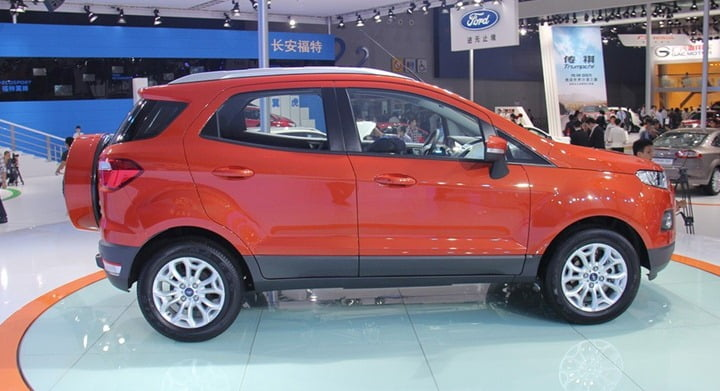 Ford-EcoSport-China-With-Long-Wheelbase-side.jpg