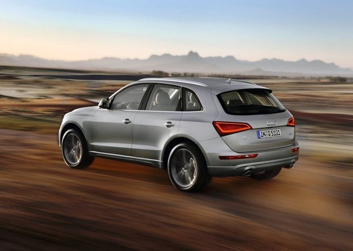 2013 audi q5 suv new model launched at rs lakhs. Black Bedroom Furniture Sets. Home Design Ideas