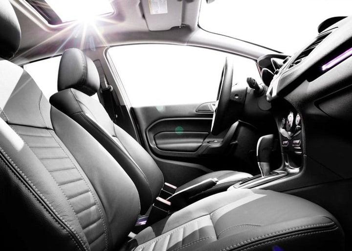 2013 Ford Fiesta Sedan (9)