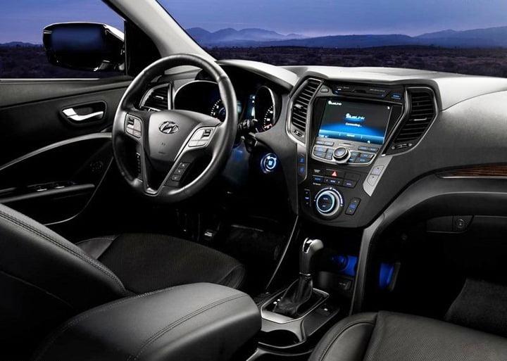 2013 Hyundai Sansta Fe (2)