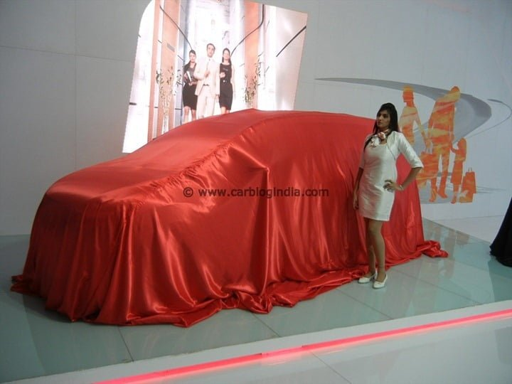 Maruti To Launch 3 New Sedans and 1 SUV Till 2015