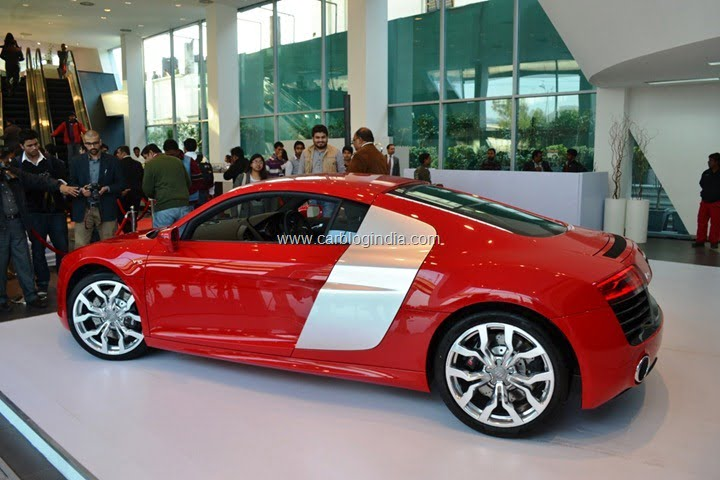 2013 Audi R8 Launch In India By Race 2 Star Cast (6)