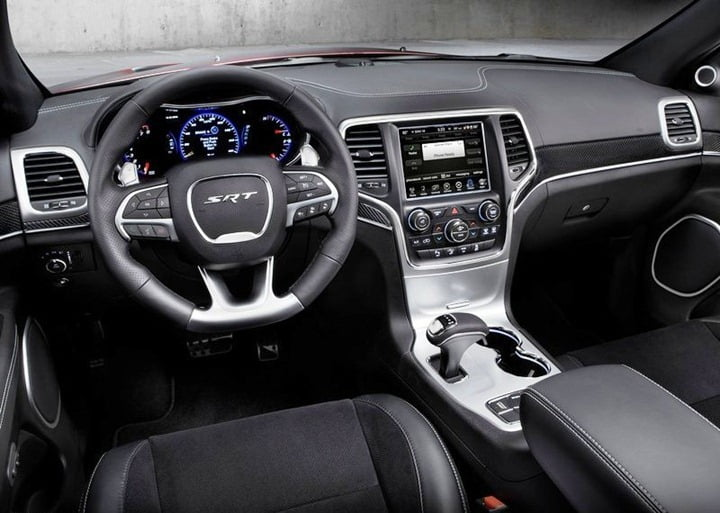 2014 Jeep Grand Cherokee SRT (2)
