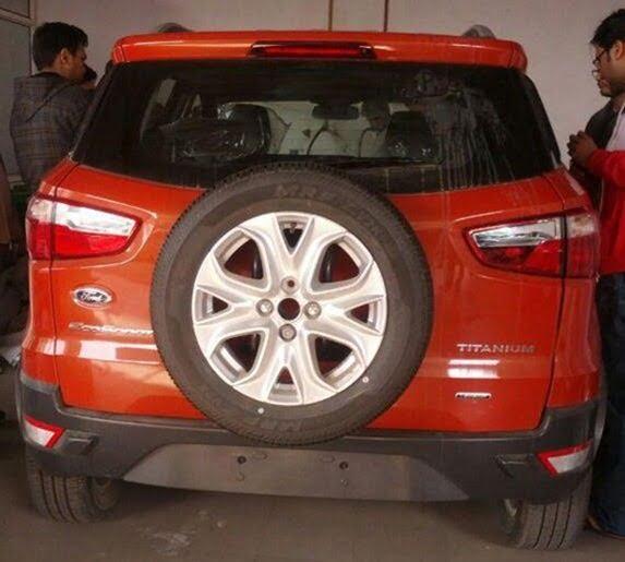 Ford EcoSport At Delhi Dealership (2)