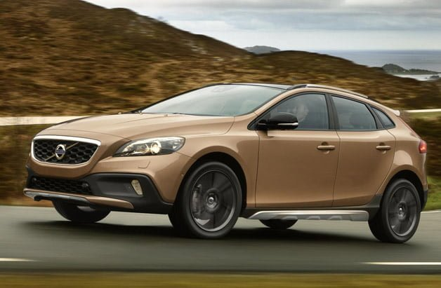 2013-volvo-v40-cross-country-628