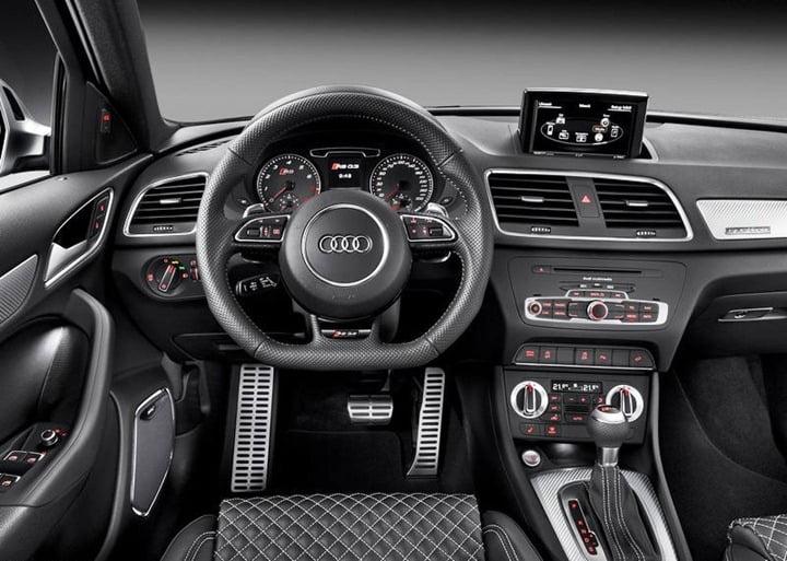 2014 Audi RS Q3 (1)