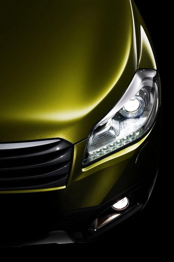 Suzuki Compact SUV C-Segment Crossover Top