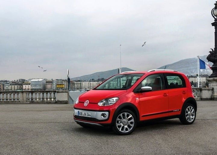 Volkswagen Cross Up (3)