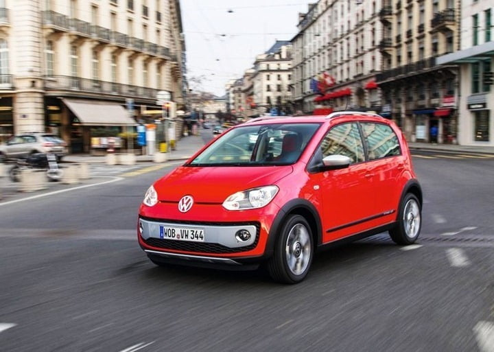 Volkswagen Cross Up (4)