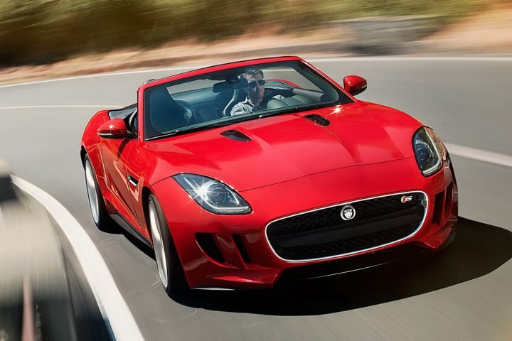 Jaguar F-Type and New Freelander 2 Coming To India In 2013