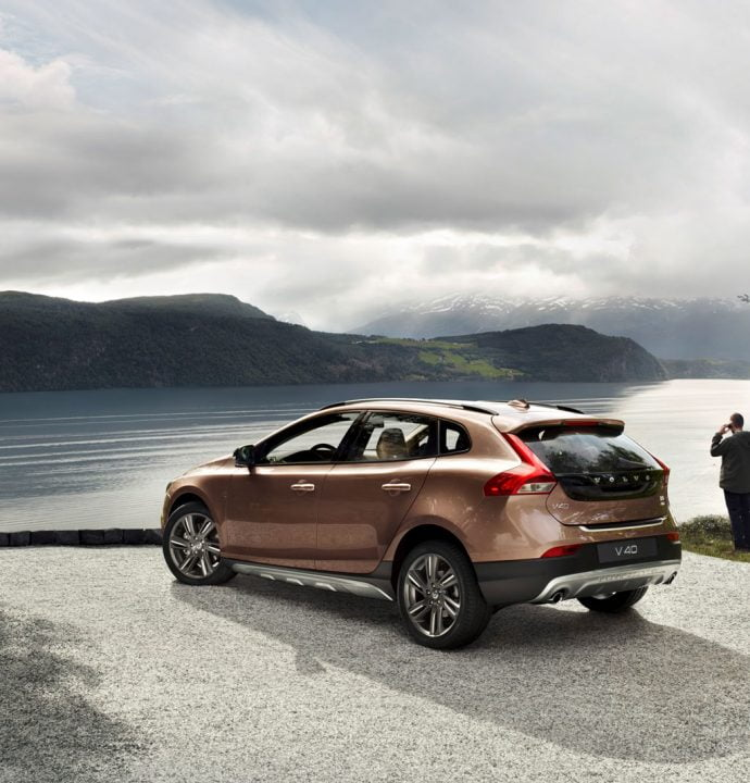 volvo-v40-cross-country-picture