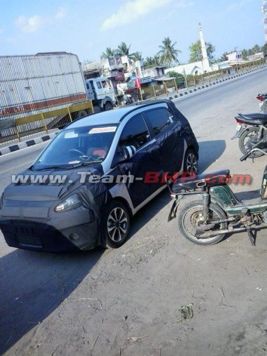 2014-Hyundai-i10-spied-near-Chennai