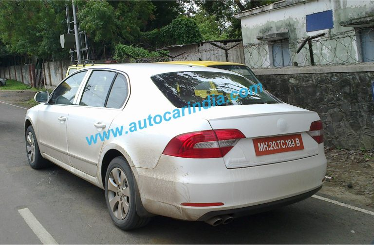 2014 Skoda Superb Spied Testing In India