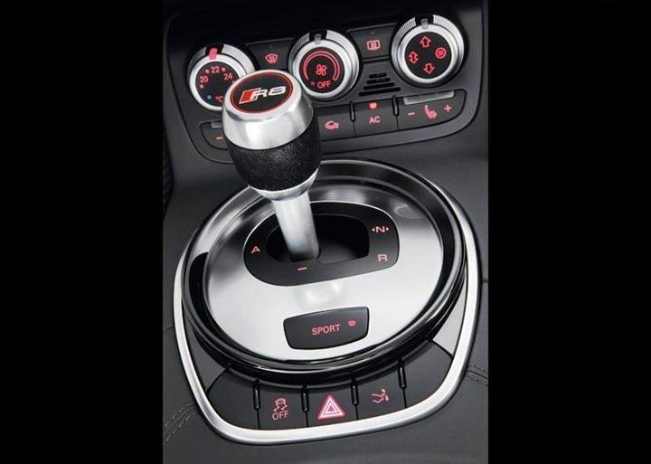 Audi R8 V10 Plus (10)