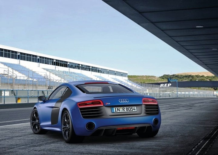 Audi R8 V10 Plus With 550 BHP Engine Lunched In India At Rs. 2.05 Crore– Video Review and Details