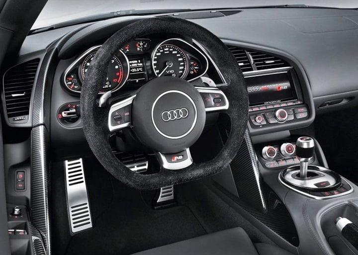 Audi R8 V10 Plus (8)