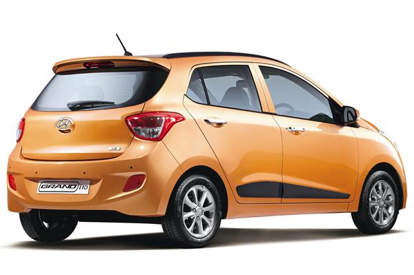 Hyundai Grand i10 Rear Quarter Right