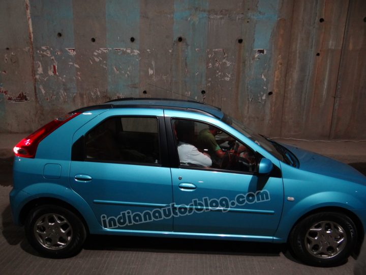 Mahindra Vibe Spy Shot Side