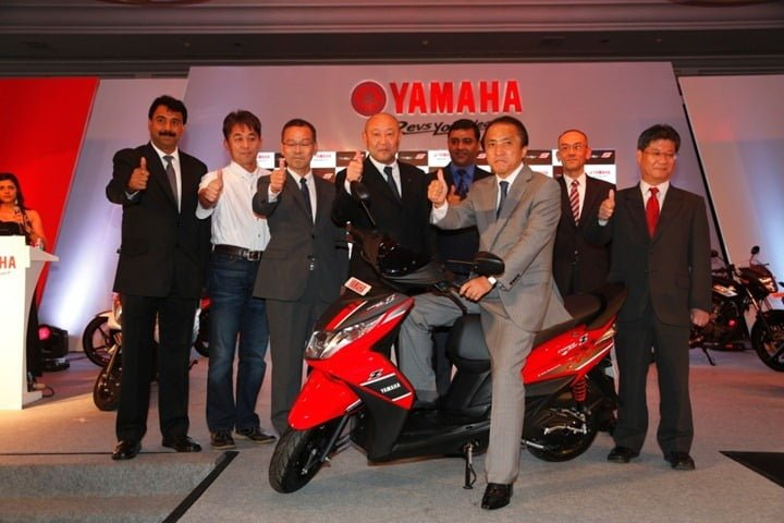 Mr. Hiroyuki Yanagi, President and CEO, Yamaha Motor Co. Japan, along with top officials of india Management and the Sales and Marketing Team in India during the launch of Ray Z in Goa-2