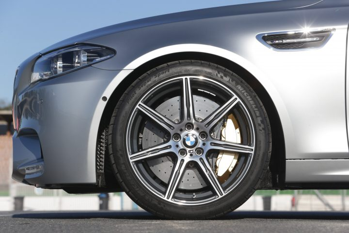 2014 BMW M5 Dual Spoke Alloy Wheels